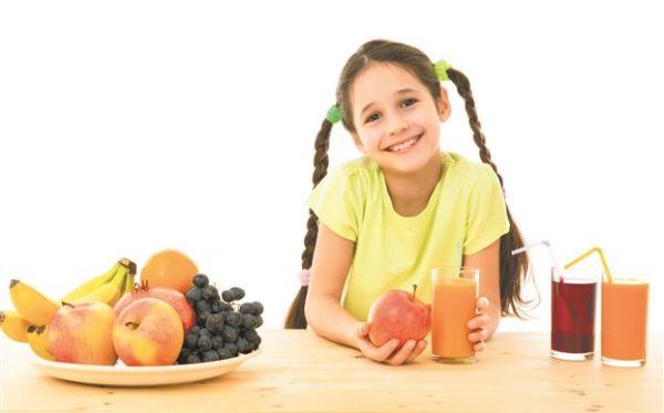Φρούτα ολόκληρα ή τον χυμό τους;