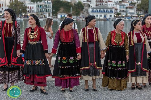 Θεσμός παράδοσης στη Σκόπελο
