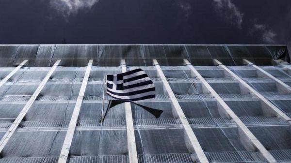 «Μαύρη τρύπα» 680 εκατ. ευρώ στα κρατικά έσοδα το πρώτο 7μηνο
