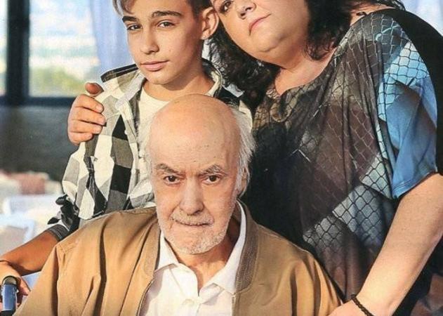 Ο γιος του Ανδρέα Μπάρκουλη θυμάται τον πατέρα του ένα χρόνο μετά και συγκινεί