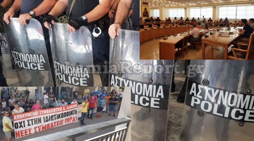ΜΑΤ, ένταση, συλλήψεις και επεισόδια στο δημοτικό συμβούλιο Λαμίας για τα σκουπίδια