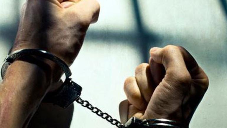 Συνελήφθη στα Ιωάννινα ένοπλος Αλβανός που μετέφερε 49 κιλά ινδικής κάνναβης