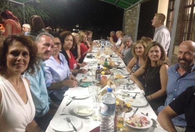Ξαναβρέθηκαν μετά από 36 χρόνια οι συμμαθητές του ΓΕΛ Αλμυρού