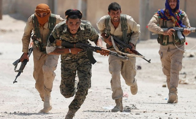 Συρία: Εξήντα τέσσερις μαχητές σκοτώθηκαν στη βόρεια επαρχία της Ράκα