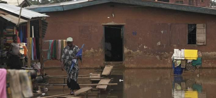 Νίγηρας: 44 νεκροί και πάνω από 77.000 πληγέντες από φονικές πλημμύρες