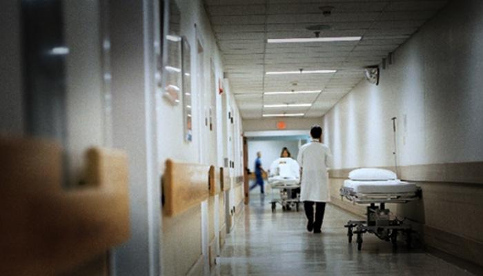 Ασθενής ξυλοκόπησε γιατρό μέσα στο Νοσοκομείο