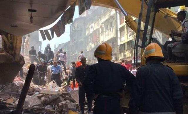 Κατέρρευσε κτήριο στη Βομβάη. Δύο νεκροί και 30 αγνοούμενοι