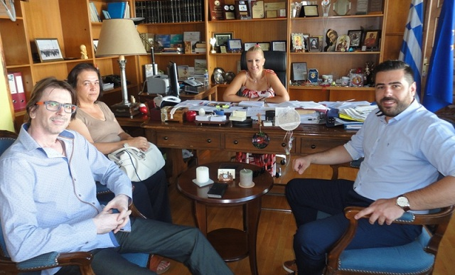Το παραεμπόριο στο επίκεντρο συνάντησης Δ. Κολυνδρίνη και Εμπορικού Συλλόγου