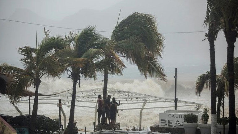 Μεξικό: Τουλάχιστον τρεις νεκροί εξαιτίας της τροπικής καταιγίδας Λίδια