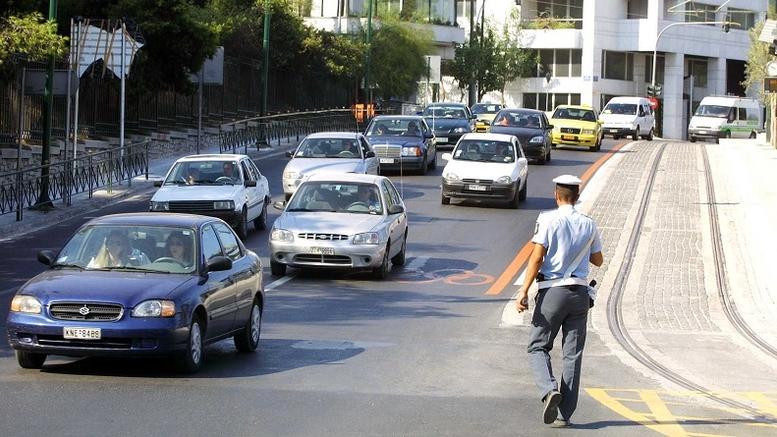 Στους δρόμους κυκλοφορούν ακόμη 457.000 ανασφάλιστα οχήματα