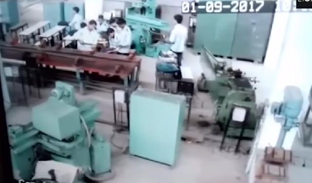 Μαθητής πυροβόλησε συμμαθητή του σε σχολική αίθουσα