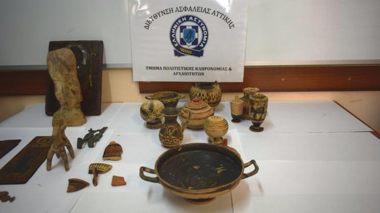 Συνελήφθη αρχαιοκάπηλος και προέκυψε ...στέλεχος του ΣΔΟΕ
