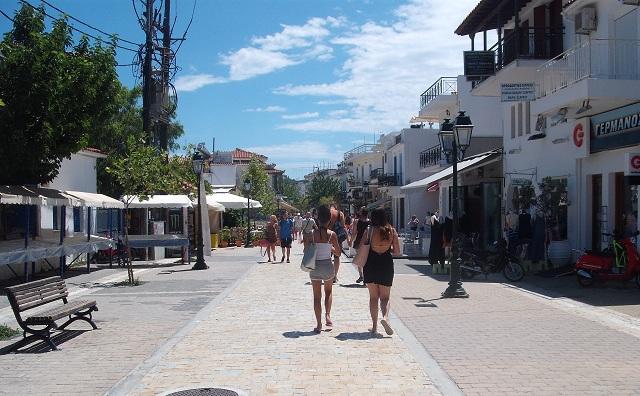 Υψηλές πληρότητες στον τουρισμό συνεχίζουν να καταγράφουν οι Σποράδες