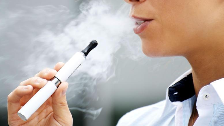 Nέα έρευνα για τα ηλεκτρονικά τσιγάρα. Τι έδειξε
