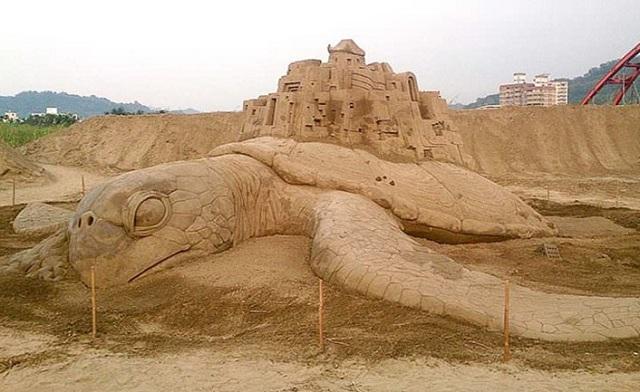 Αγάλματα στην άμμο από τον Τοσιχίκο Χοσάκα [εικόνες]