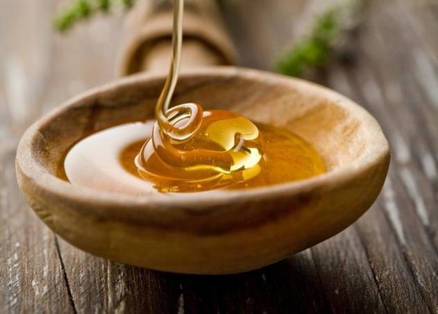 4 πράγματα που δεν γνωρίζαμε για το μέλι