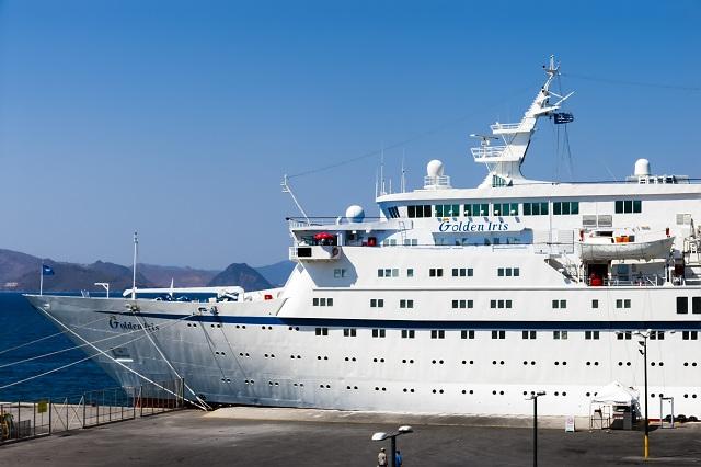 Πολυτελές κρουαζιερόπλοιο με 800 επιβάτες «έδεσε» στο Λιμάνι