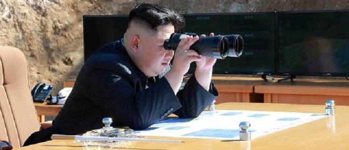 """Η Βόρεια Κορέα απειλεί να """"βυθίσει"""" με πυρηνικά την Ιαπωνία"""