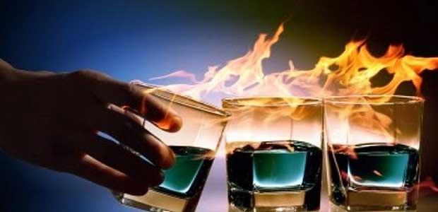 Παράνομο εργαστήριo νοθευμένων ποτών είχε στήσει 40χρονος. Κατασχέθηκαν 3.610 φιάλες
