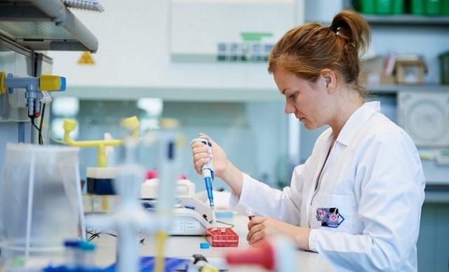 Μηνιγγίτιδα Β: Τι πρέπει να γνωρίζουμε για την επικίνδυνη νόσο