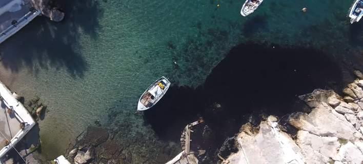 Συγκλονιστικές εικόνες από drone: Η μεγάλη καταστροφή του Σαρωνικού από μαζούτ [βίντεο]