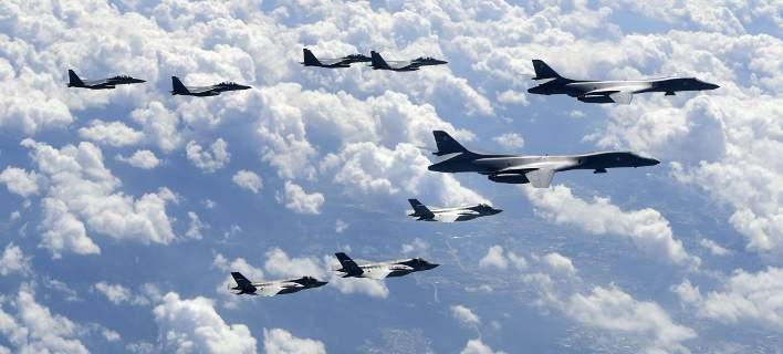 Επίδειξη ισχύος: Πτήσεις αμερικανικών μαχητικών πάνω από την κορεατική χερσόνησο