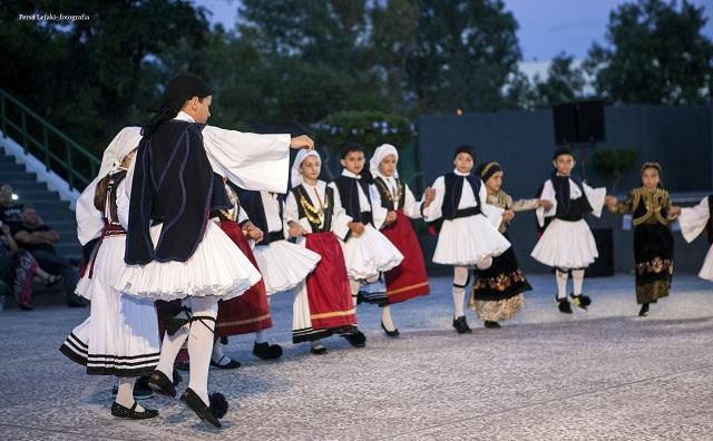 Λύκειο Ελληνίδων Βόλου: Θα ταξιδέψει και φέτος παλιούς και νέους χορευτές