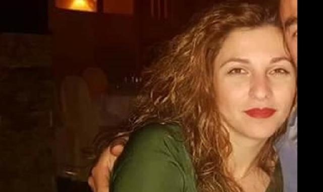 Συγκλονίζει ο θάνατος 33χρονης στο σχολείο των παιδιών της. Κατέρρευσε μετά την πρωινή προσευχή
