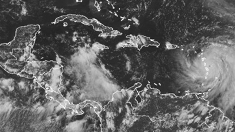 Σε κυκλώνα κατηγορίας 4 της κλίμακας Σαφίρ-Σίμσον πλέον ο «Μαρία»