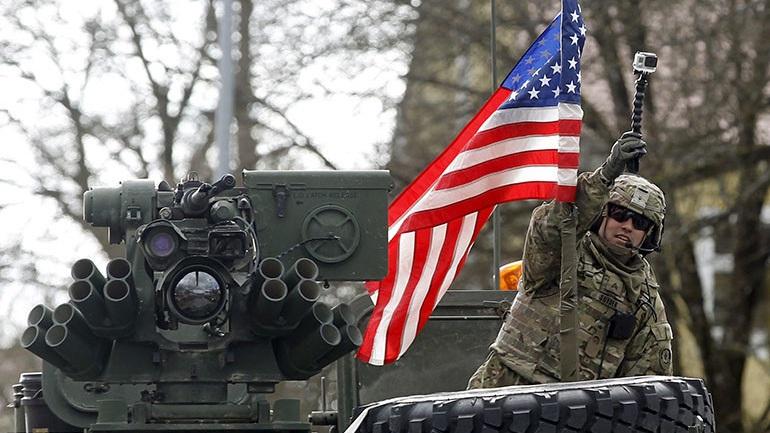 Οι ΗΠΑ αυξάνουν κατά 700 δις τις στρατιωτικές τους δαπάνες