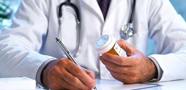 Σε αργία δύο γιατροί λόγω παράνομων συνταγογραφήσεων