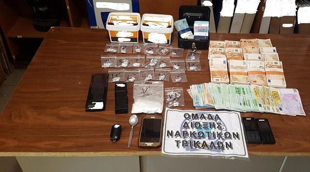 «Χειροπέδες» σε 43χρονος έμπορο κοκαΐνης στα Τρίκαλα
