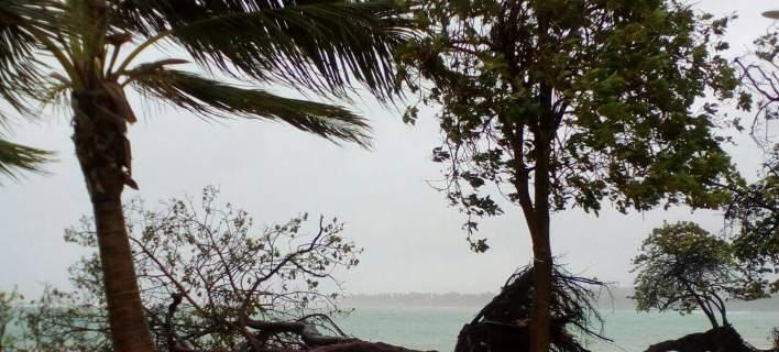 Ο κυκλώνας Μαρία αφού ισοπέδωσε τη Δομινίκα απειλεί το Πουέρτο Ρίκο