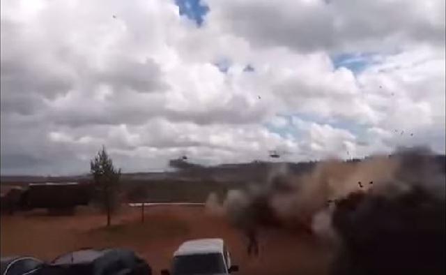 Ρωσία: Ελικόπτερο εκτοξεύει πύραυλο κατά θεατών στρατιωτικής άσκησης