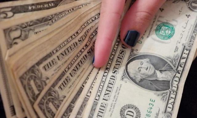 «Πόλεμος» στον Πειραιά για θησαυρό 1.000.000 δολαρίων