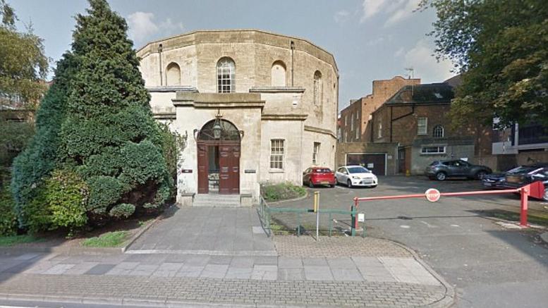 Βρετανία: 13χρονος βίασε τα 3 μικρότερα αδέλφια του