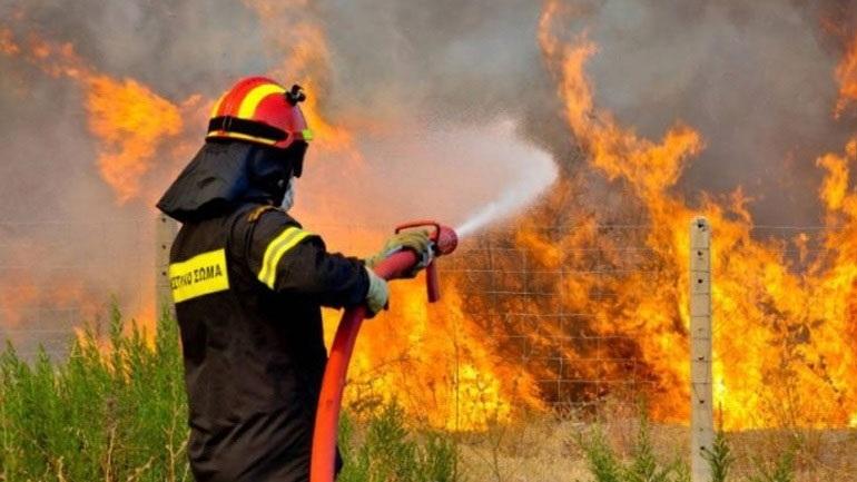 Λάρισα: Δύο πυρκαγιές σε εξέλιξη σε Κιλελέρ και Φάρσαλα