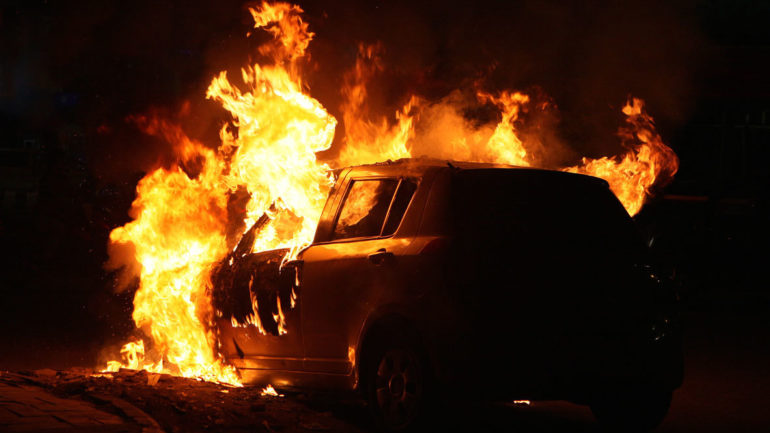 Κάηκε αυτοκίνητο στο Λουτρό Λάρισας