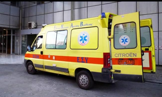 Διακομιδή 50χρονου που τραυματίστηκε σε τροχαίο στην Σκιάθο