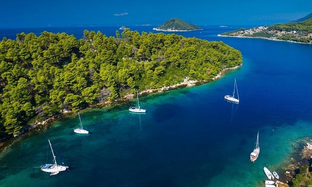 Η Σκόπελος στα 8 πιο θερμά ελληνικά νησιά τον Σεπτέμβριο