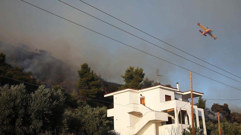 Σέρρες: Εκκενώθηκε προληπτικά ξενοδοχείο εξαιτίας της πυρκαγιάς
