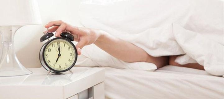 Η αναβολή στο ξυπνητήρι κάνει κακό