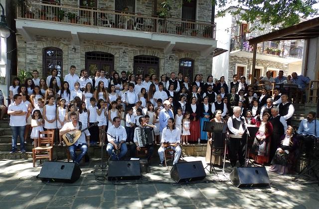 Ο Πολιτιστικός Σύλλογος Κεραμιδίου στο Θέατρο της «Δόρας Στράτου»