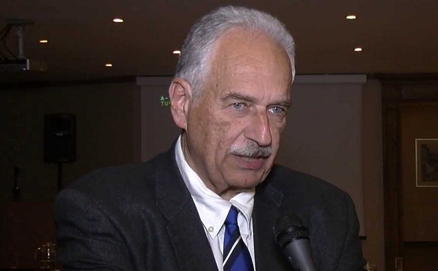 Κ. Γουργουλιάνης: Οι παθητικοί καπνιστές βρίσκονται σε διαρκή κίνδυνο