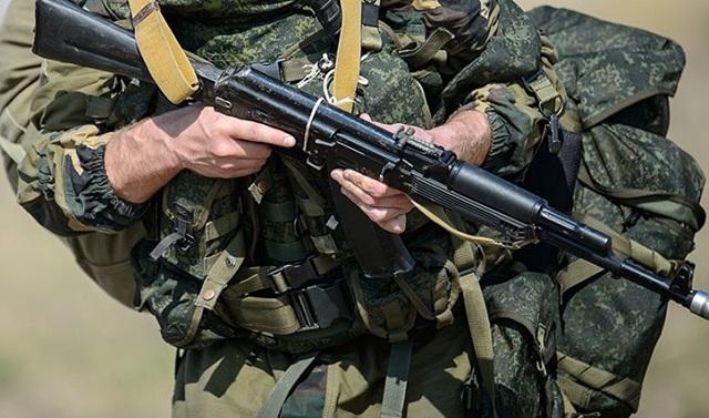 Ρωσία: Στρατιώτης σκότωσε τρεις σε σκοπευτήριο και το έσκασε κλέβοντας πολυβόλο