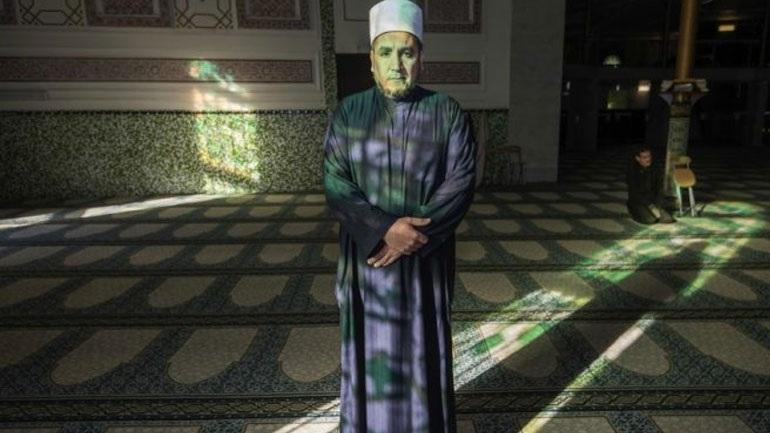 Βέλγιο: Ανάκληση της άδειας παραμονής του ιμάμη των Βρυξελλών