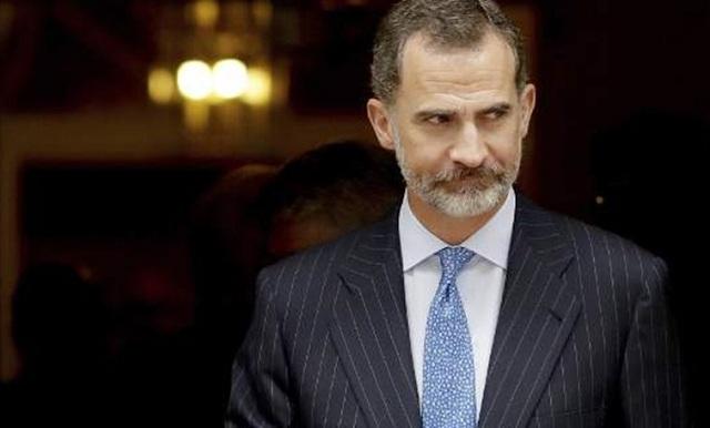 Πάνω από έξι στους δέκα Ισπανούς συντάσσονται με τον βασιλιά κατά της Καταλονίας