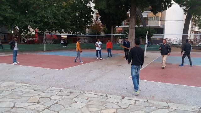 Αρωμα... πατρίδας για 85 πρόσφυγες μαθητές