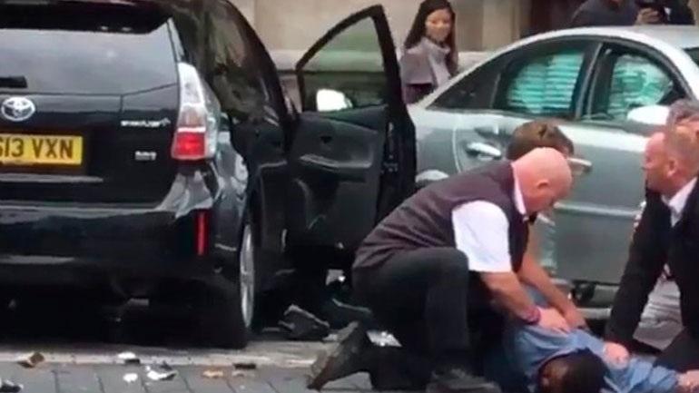 Σκότλαντ Γιαρντ: Τροχαίο ατύχημα το συμβάν στο Λονδίνο