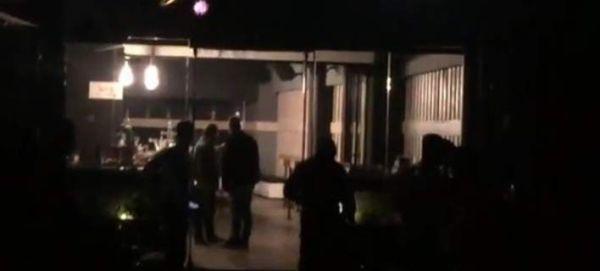 Πυροβολισμοί έξω από μπαρ στη Γλυφάδα - 4 τραυματίες (εικόνες & βίντεο)